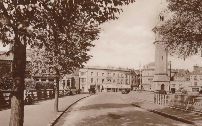 Barnstaple Square | Albert Clock