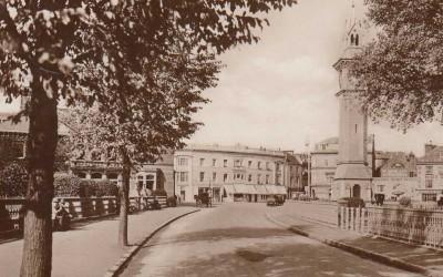 Barnstaple Square | Albert Clock