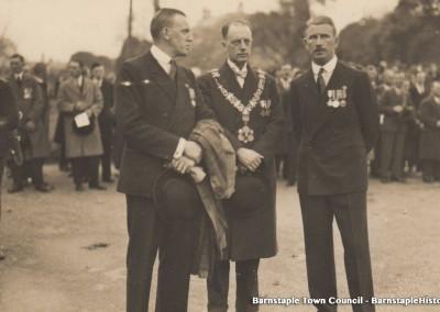 1929-1981 Town Council Album, Image #41