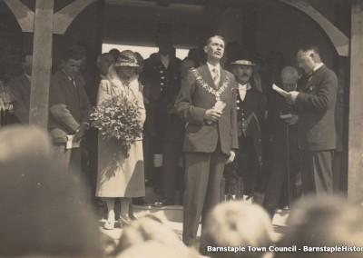 1929-1981 Town Council Album, Image #52