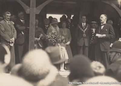 1929-1981 Town Council Album, Image #54
