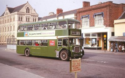 Double Decker – Bus Station – Strand